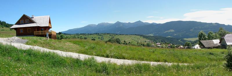 Panoráma z Malého Borového na Západné Tatry